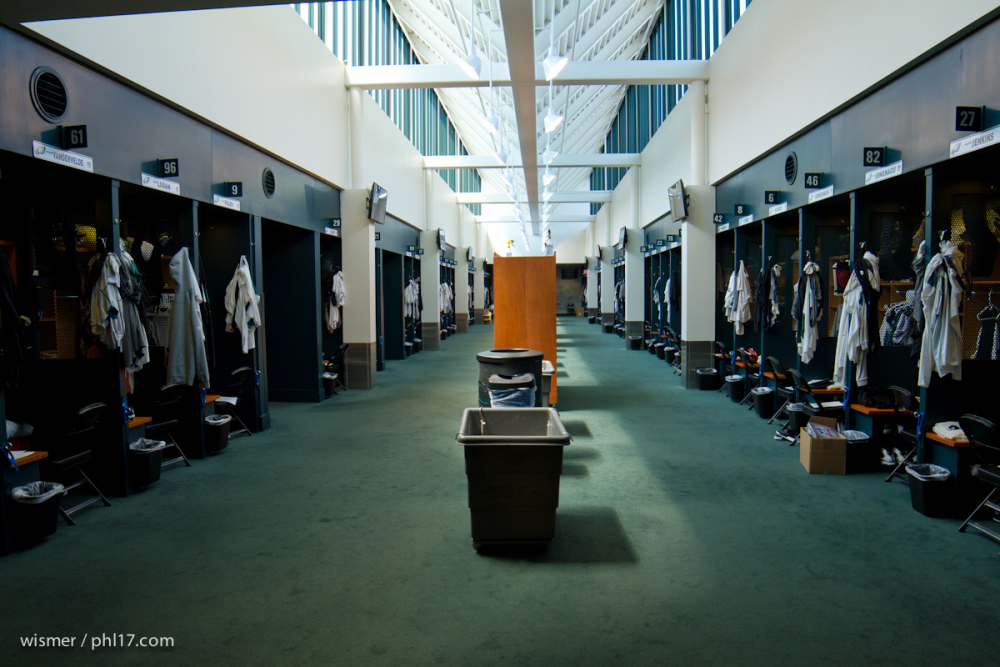 philadelphia-eagles-locker-room-042714-0099