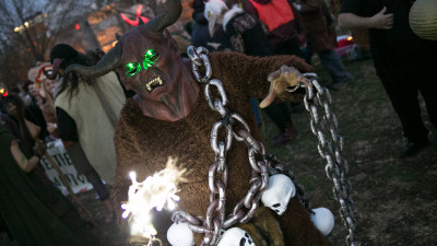 Krampus-Philly-December 12, 2015-0530